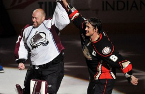 Selanne and Giguere - USATSI_7870671