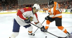Jaromir Jagr of the Florida Panthers and Sean Couturier of the Philadelphia Flyers