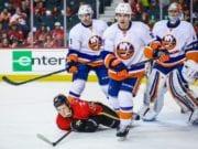 Calgary Flames trade for Travis Hamonic