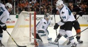 Marc-Edouard Vlasic and Martin Jones sign contract extensions with the San Jose Sharks