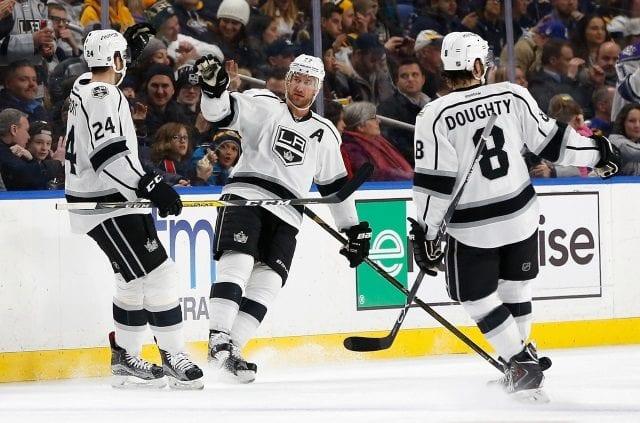 Los Angeles Kings forward Jeff Carter undergoes surgery to repair a cut tendon